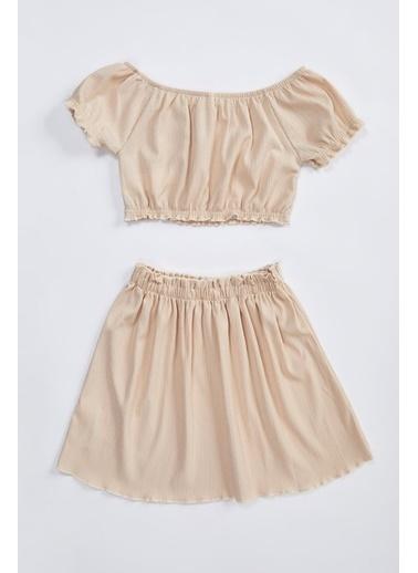 DeFacto Balon Kollu Basic Bluz Kloş Etek Takım Bej